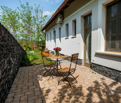 Luxury Villa Portico at Lake Balaton