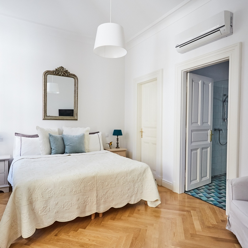 BRODY | 2-Bedroom Luxury Apartment in Budapest | Hip Homes ...
